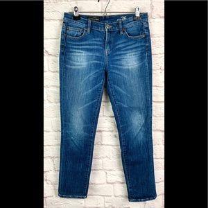 J. Crew jeans 26 broken in boyfriend blue